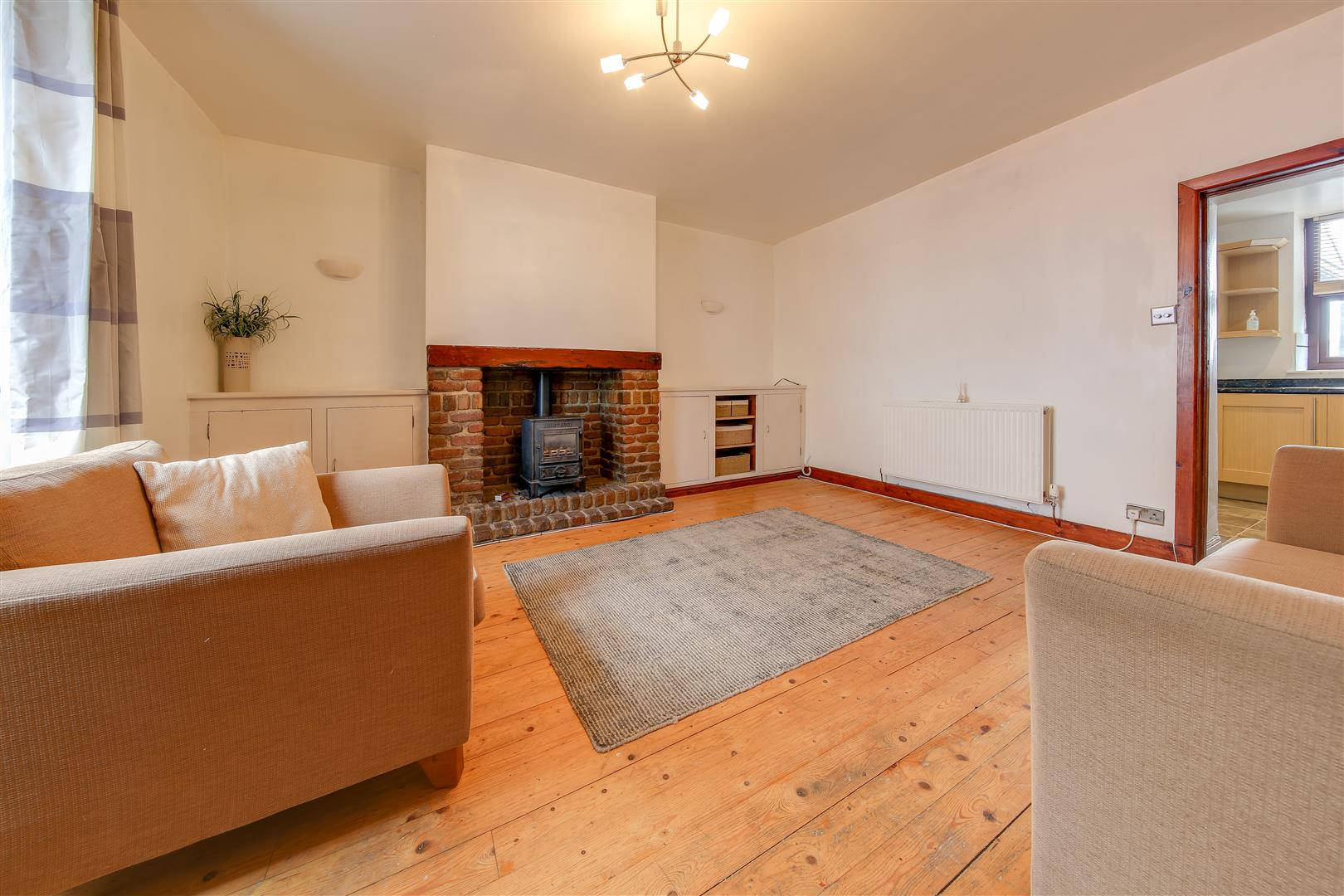 2 Bedrooms Terraced House for sale in Commercial Street, Loveclough, Rossendale